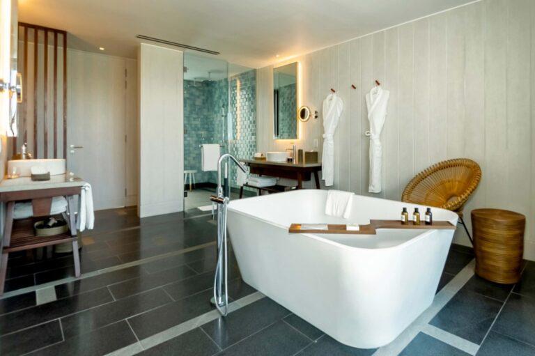 Park Hyatt St. Kitts suite bathroom